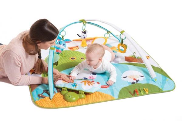 Hrací deka s hrazdou Gymini Kick & Play Tiny Farm