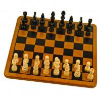 Klasické dřevěné šachy