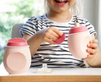 Lahvička BabySqueez 2v1 Pink