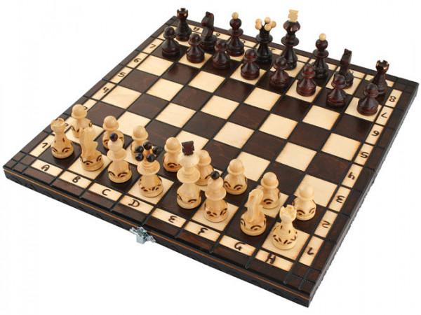 Šachy dřevěné leštěné cestovní