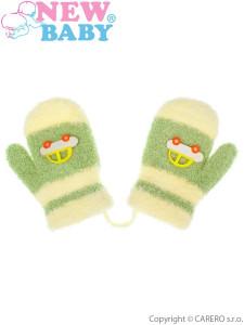Dětské rukavičky New Baby s autem zelené