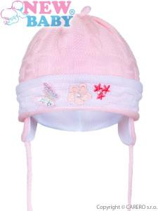 Pletená dětská čepička New Baby světle růžová