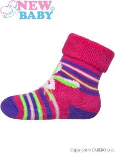 Kojenecké froté ponožky New Baby růžovo-fialové s zajíčkem