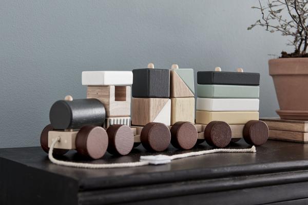Vlak z kostek Neo dřevěný