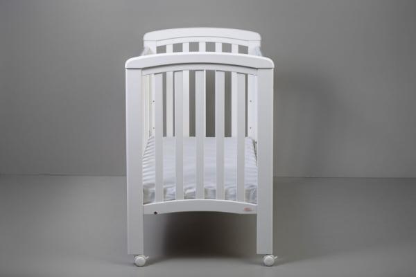 NICOLE dětská postýlka 120x60cm bílá se spouštěcím bokem